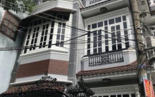 Cần bán nhà 3 lầu hẻm 64 Phan Đăng Lưu, P.5, Phú Nhuận. DT: 5.6m x 8m.Gía:7.4 tỷ.