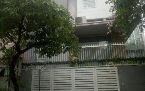 Biệt thự MT P. Tân Sơn Nhì, DT 10.2x19m, 1 trệt, 2 lầu st, 7PN, 5WC, nhà xe, giá 22.5 tỷ