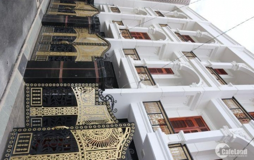 Bán nhà phố Thủ Đức siêu đẹp,dọn vào ở ngay trước Tết