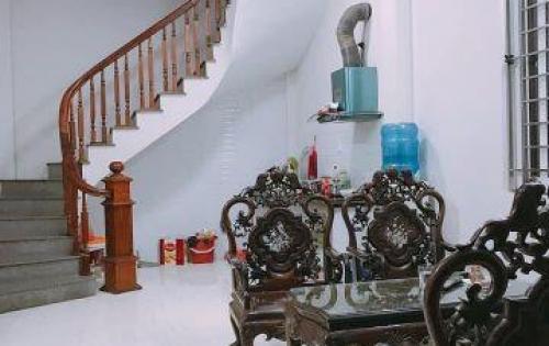 Chính chủ bán nhà khu Trích Sài, Tây Hồ giá 4,2 tỷ 45m2