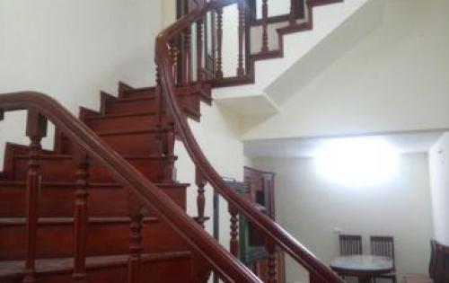 Bán nhà đẹp ngõ oto vào phố Tô Vĩnh Diện, quận Thanh Xuân, 46m2, giá chỉ hơn 4 tỷ Lhcc: 0337761111