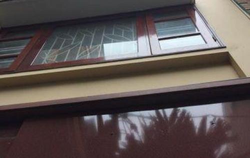 Bán nhà riêng phố Định Công Hạ, Thanh Xuân DT 50 m2, 5 tầng. Giá 4 tỷ. Xây mới, 2 mặt thoáng.