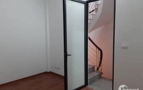 Chính chủ bán nhà Khương Hạ, dt 30m2, 4 tầng, mặt tiền siêu rộng 6.5m, giá tốt 2.5 tỷ