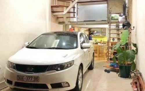 Bán nhà cực phẩm phân lô, Phan Đình Giót ô tô vào nhà, nhỉnh 4 tỷ