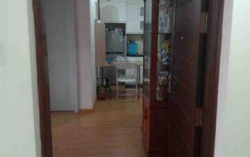 Chủ nhà cần bán gấp căn 2 ngủ tầng trung full nội thất Green Stars