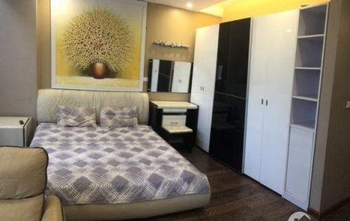 Cho thuê căn hộ cao cấp tại Trấn Vũ view Hồ Tây
