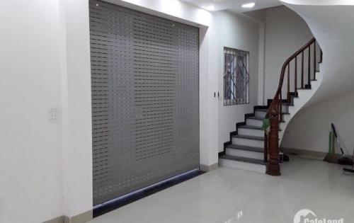 Cho thuê nhà Phố Nguyễn Khang làm nhà hàng, tt đào tạo, VP, spa, café 42tr
