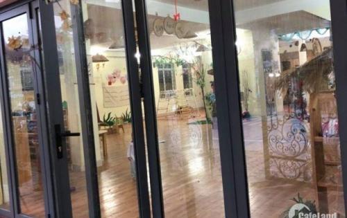 Cho thuê nhà Hào Nam làm nhà nghỉ 45m2x5 tầng 12tr/tháng