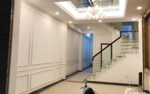 Cho thuê nhà Tôn Đức Thắng 60m2x4 tầng MT8m 10tr/tháng