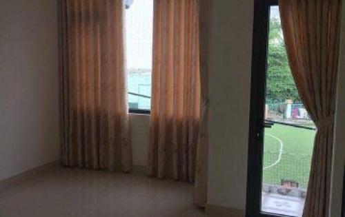 Cho thuê nhà 3 tầng MT đường Nguyễn Lộ Trạch, giá thuê cực rẻ so với tị trường: 16 triệu/tháng