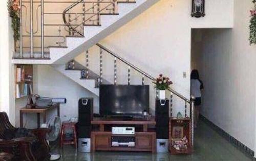 Cho thuê nhà mặt tiền đường Phan Châu Trinh,  giá thuế: 30 triệu/tháng, nhà đẹp vào ở ngay