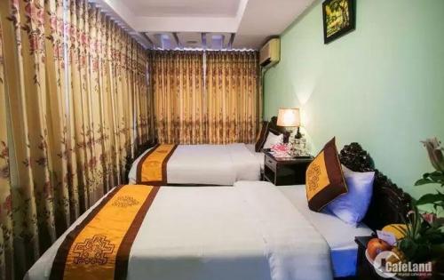 Cho thuê nhà mặt phố phường Hàng Bồ, kinh doanh khách sạn, nhà nghỉ