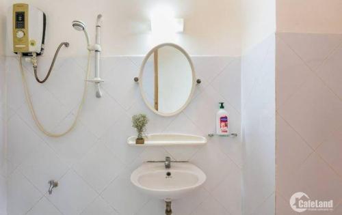 Cho thuê chung cư Vạn Đô 2PN nhà đẹp giá 13tr/tháng ,hình thật .Lh 0909802822 - 0902743272