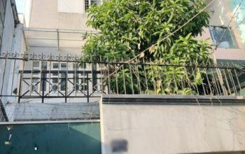 Cho thuê nhà 3 lầu hẻm xe hơi 95 Lê Văn Lương quận 7 (ngay chợ).