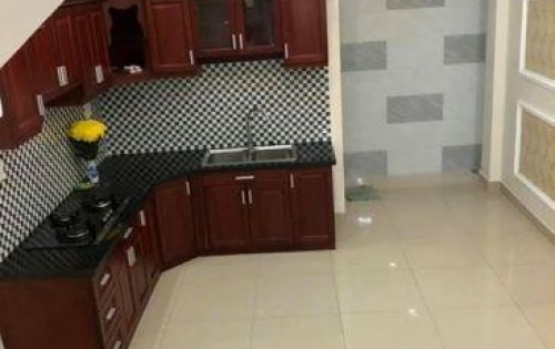 Cho thuê nhà MT đường 359, Phước Long B, Q9, 3 lầu, 5PN