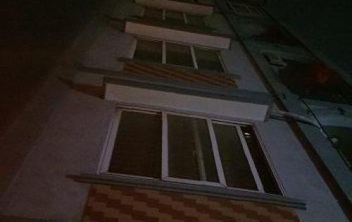 Cho thuê nhà Nguyễn Xiển 40m2x5 tầng MT6m 17tr/tháng