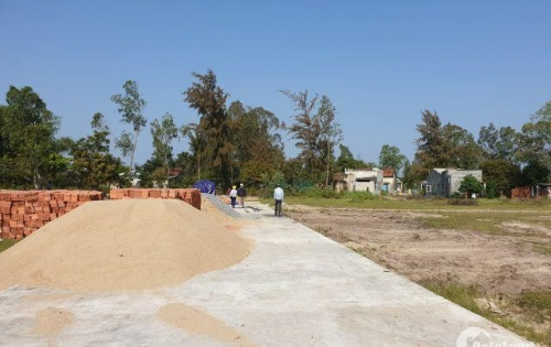 Cần bán lô đất kiệt bê tông đường 5m vuông vức, sau lưng đường Dũng Sĩ Điện Ngọc, gần khu công nghiệp