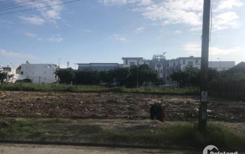 Đất biệt thự đối diện trường Skyline, Hải Châu Đà Nẵng. LH 0932056103