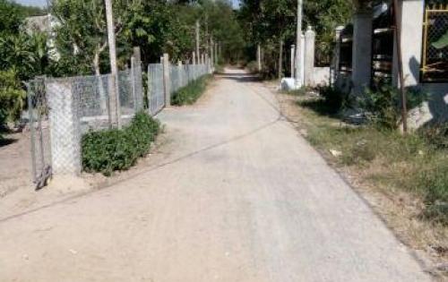 Cần bán lô đất xã Vĩnh Thanh, đường ô tô 6m, khu dân cư đang hiện hữu, giá 1,9 triệu/m2.