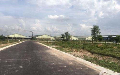 +Cần bán 70m2 đất giá 650tr,đất nền thổ cư,có sổ đầy đủ +Đất gần chợ Vĩnh Tân,trường học và UBND xã +Gần các KCN Vsip2,Đồng An,Mỹ Phuocws3…. +Mặt tiền đường  ĐT