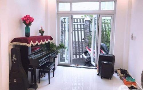 Cần tiền bán gấp nhà đẹp, DT lớn: 4x15m, Bạch Đằng, Bình Thạnh giá chỉ 3.9tỷ
