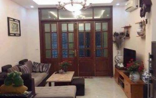 Khu Thái Hà: Nhà hiếm - Ô Tô đỗ cửa, DT 30m*4 tầng, giá 2.8 tỷ.