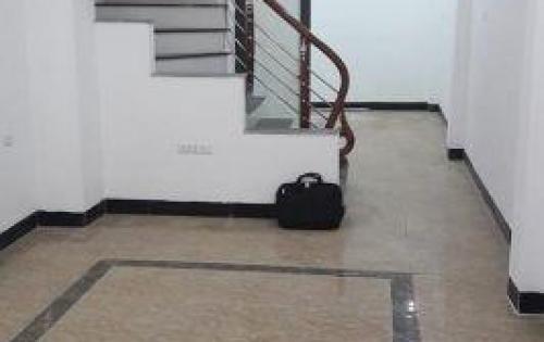 Nhà mới - đẹp phố Định Công Thượng 40m2, 4 tầng chỉ 3 tỷ 3
