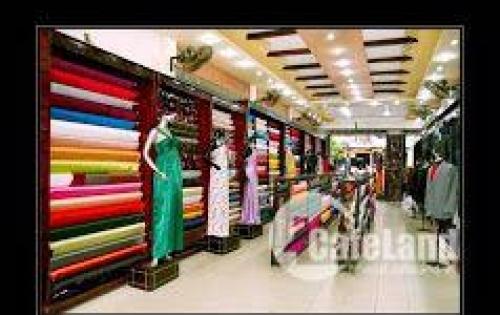 Chính chủ cần bán nhà tại trung tâm phố cổ Hội An, Giá 40 tỷ.
