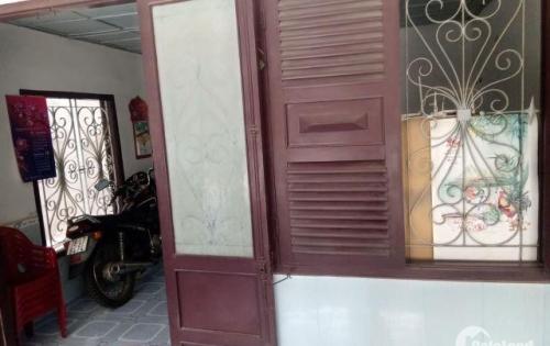 Cần bán nhà mặt tiền đường Vạn Kiếp Nha Trang.DT 108m2.Giá 95tr/m2.LH 0774949667