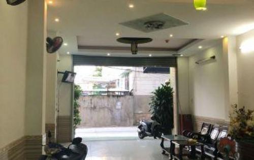 Khách sạn đường hẻm Hàn Thuyên, phường Xương Huân, Nha Trang, vừa kinh doanh vừa ở.