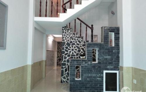 Bán nhà 37m2, 3 tầng, hẻm 3m Cách Mạng Tháng 8 phường 4 quận 3