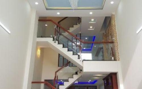 Bán nhà 42m2, 3 tầng, mặt tiền Nguyễn Thiện Thuật phường 1 quận 3