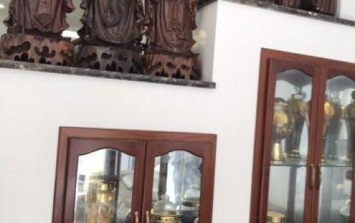 Bán nhà đẹp như biệt thự đường Lê Đình Cẩn , 4x12m, đúc 1 tấm BTCT,tặng toàn bộ nội thất cao cấp.