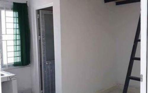 Bán nhà 2 tầng mặt tiền đường Nguyễn Tri Phương,  hướng đông bắc, giá bán: 20 tỷ