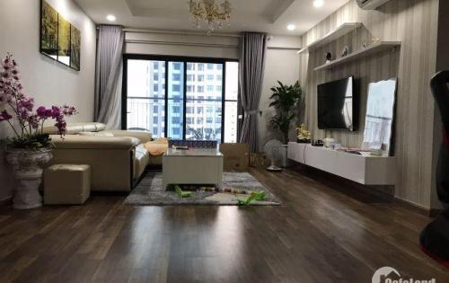 Bán căn hộ đẹp nhất tòa R1 tại Goldmark City, giá cả hợp lý!