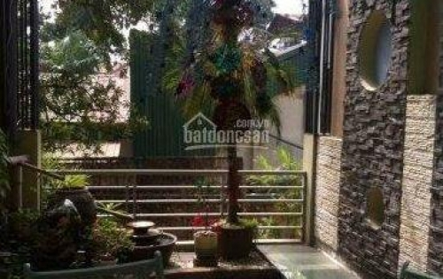 Cho thuê nhà Trần Đại Nghĩa 400m2x3 tầng 140tr/tháng