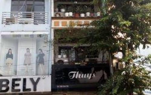 Cho thuê MP Trần Quốc Toản 20m2x3 tầng MT 5m Vị trí siêu  đẹp