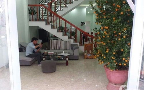 Cho thuê nhà 2 tầng MT đường Sơn Thủy Đông 1, giá thuê: 20 triệu/tháng