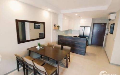 Căn hộ 92m2, 2 phòng ngủ The Gold View view hồ bơi, nhìn qua Quận 1, giá 1000$, LH 0941198008