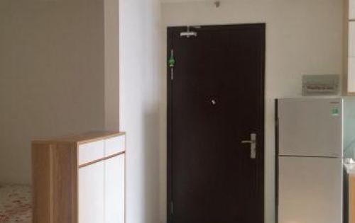 Chính chủ cho thuê căn 2 ngủ cơ bản, dt 70m2, giá 10 tr/tháng ở FLC Complex 36 Phạm Hùng.