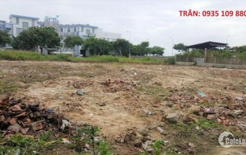 Lô đất mặt tiền biệt thự 272.8 m2 view sông quận Hải Châu