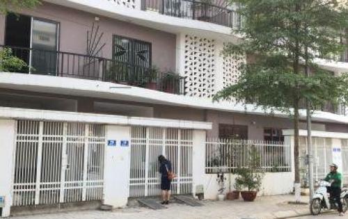 Cần bán nhà xây thô 4 tầng cạnh ngã tư Trôi, Hoài Đức 78m2 CK chỉ còn 3 tỷ/căn.