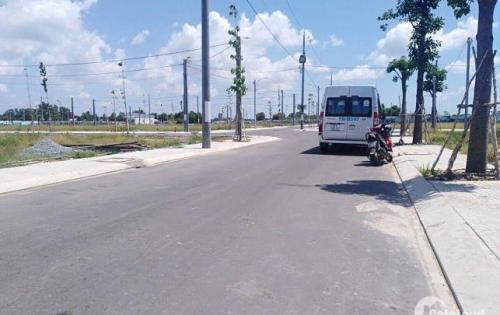 Bán đất mt đường Nguyễn Văn Linh Bình Chánh, dt 100m2 giá 550tr