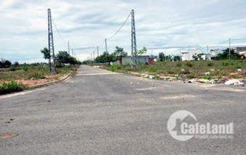 Bán 302m2 đất full thổ cư (ngang 15m) ngay đường Đoàn Nguyễn Tuấn, Bình Chánh. Giá 4.2 tỷ. LH 0365394850
