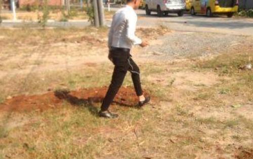 Bán lô đất gần chợ mới Long Thành, sổ đỏ, thổ cư 100%