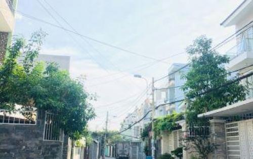 Cần bán 123m2 đất đường số Nguyễn Duy Trinh, Q2  Bao sang tên