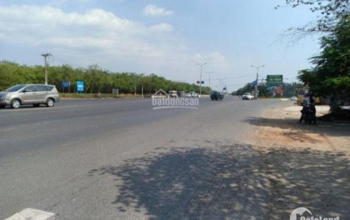 Hot, ra gấp 3 lô liền kề Q2 Nguyễn Hoàng gần Metro An Phú SHR thổ cư 100% giá 1.5 tỷ, LH 0764859637