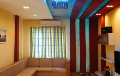 Tòa nhà cho thuê 8 tầng đẹp nhất phố Kim Mã, quận Ba Đình chỉ 20.6 tỷ
