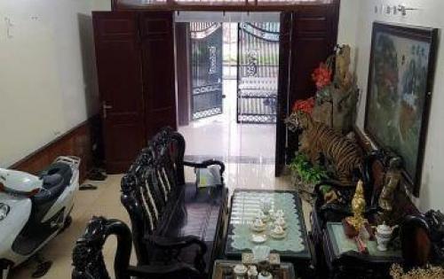 Kinh doanh đỉnh, quận Ba Đình, 2 mặt tiền lớn, ô tô vào nhà