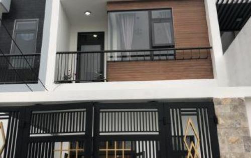 Bán nhà mới xây 3 tầng, SH chính chủ, giá ưu đãi, đường Hà Bồng,Cẩm Lệ